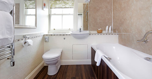 Clean, modern en-suite bathrooms